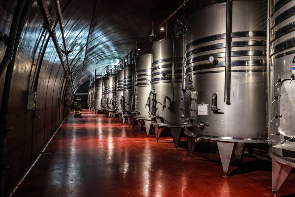Cuves pour élever le vin